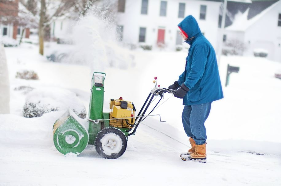 Black Friday deals on snow blowers 2019