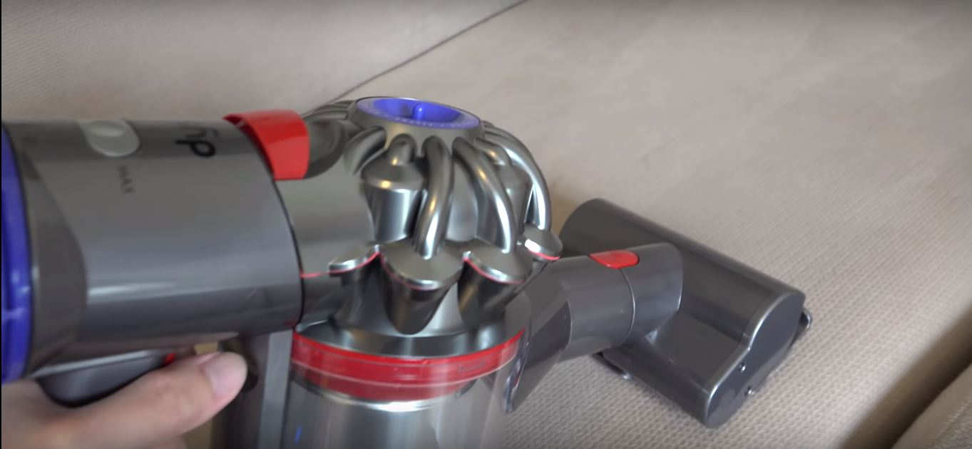 Black Friday deals on Dyson V10 Absolute 2019